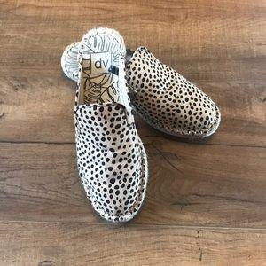 Target DV leopard mules size 8